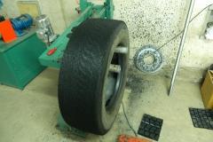 Стенд обработки колес